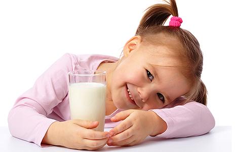 1368855105_kids-milk-13052013