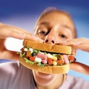 Прием лекарств и пищи