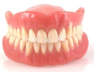 dentiera-300x230