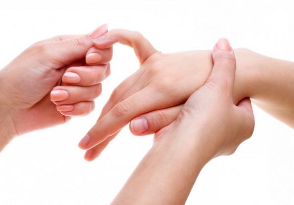 Покалывание или онемение мизинца