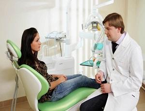 poseshenie-stomatologa-pri-beremennosti